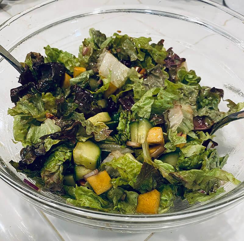 balsamic salad tossed